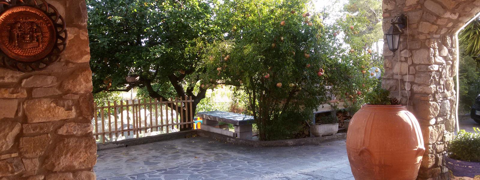 slide02-giardino-dei-limoni